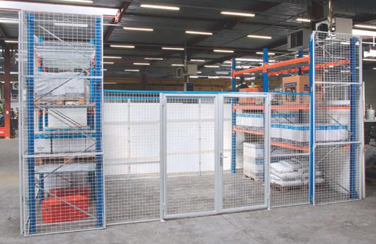 Portes grillagées pour sécuriser un entrepôt