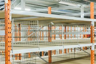 Entrepôts logistiques : installation et aménagement d'entrepôt