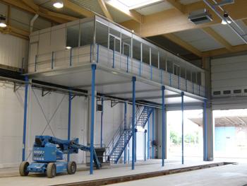 Installation d'un espace de travail dans un entrepôt