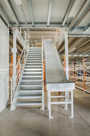 Plateformes industrielles  - accéder aux  niveaux en hauteur