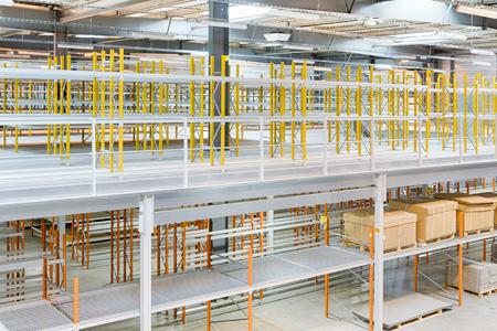 Mezzanines industrielles multi usages : stockage, bureaux