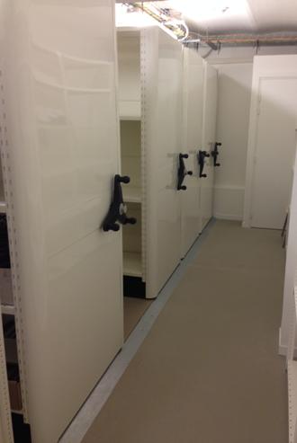 Etagères de stockage pouvant être déplacées pour optimiser l'espace