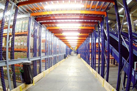 Mezzanine industrielle de stockage sur racks SPADE