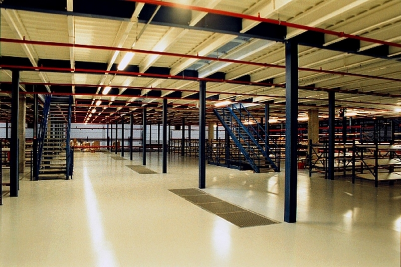 Plates-formes de stockage industriel