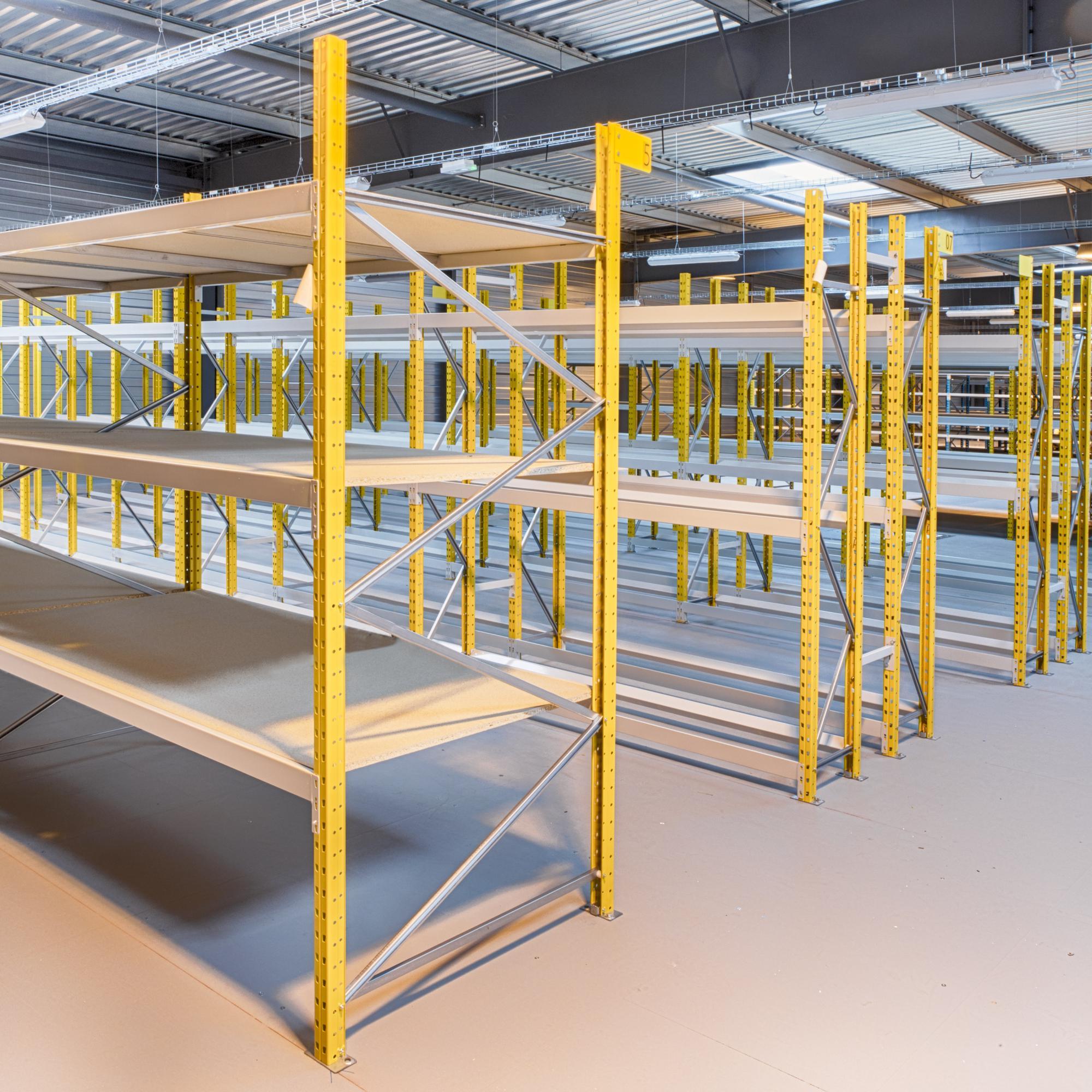 Des rayonnages industriels pour entrepôts